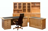 corporate-desk-and-credenza-with-inlay