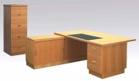 m4000-executive-desk-with-front-cabinet-rear